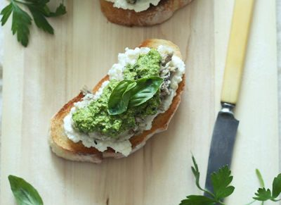 ROCKET PESTO WITH SARDINES ON TOAST